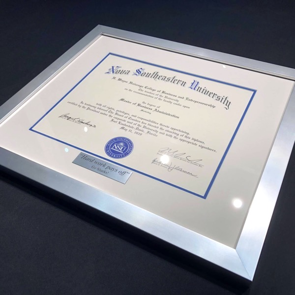 Diploma Frame with personalized plaque