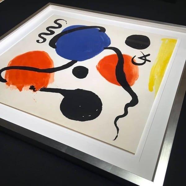 floating art custom frame